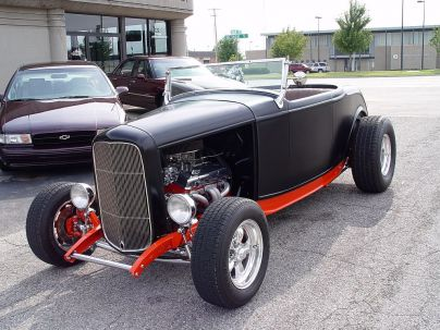 1932 Ford Tudor Sedan as well Buick 401 Nailhead Headers in addition modellversium de galerie img 2 1 1 5211 3099110 1934 Ford Coupe Street Rod Revell likewise Playtoysclassiccars furthermore 1932 5 Window Coupe ALL Steel Blown Big Block Chevy. on 1934 ford 5 window coupe street rod for sale