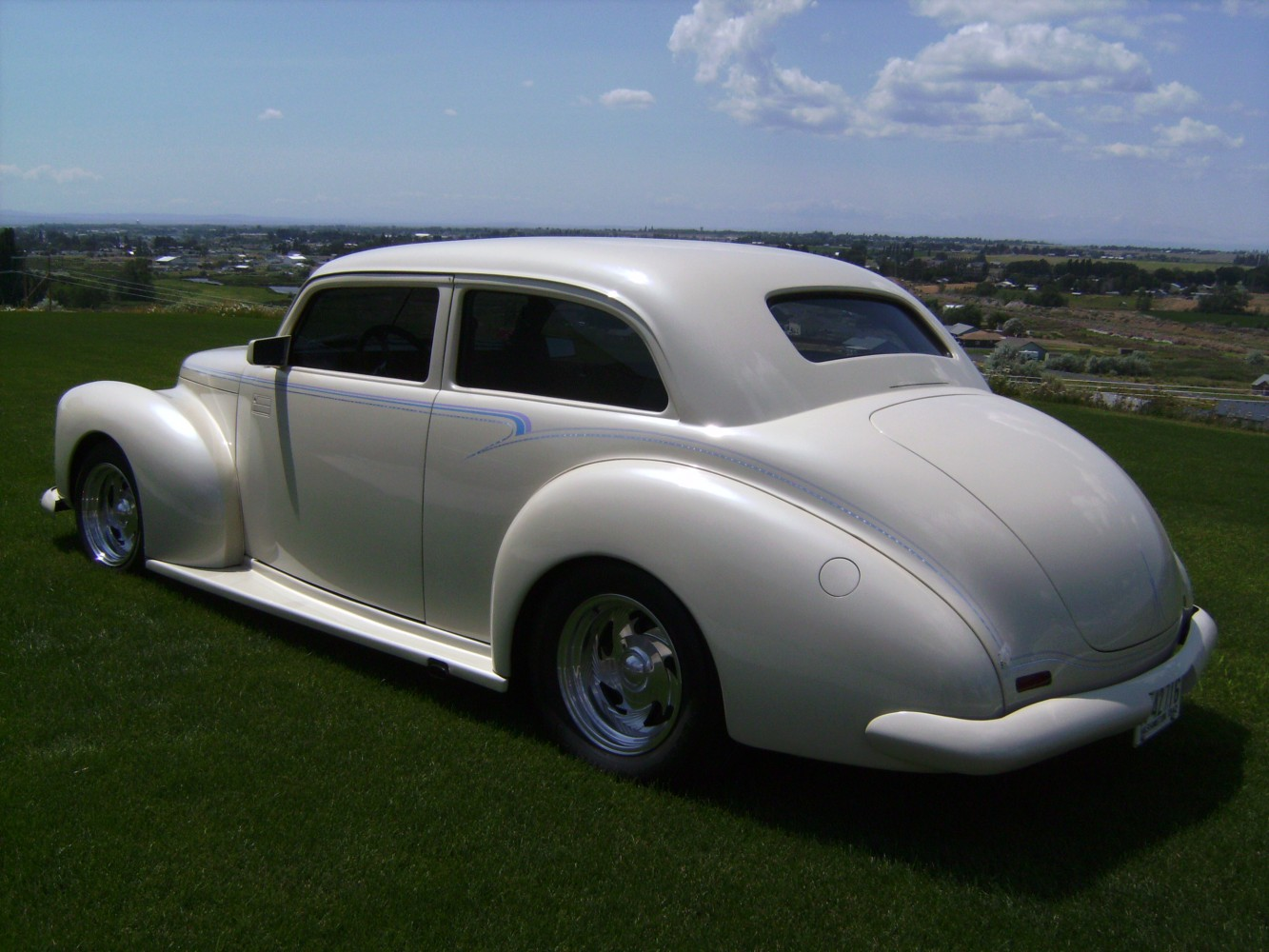 This Studebaker ... & 1941 Studebaker Champion 4 Door Pictures to Pin on Pinterest ... Pezcame.Com